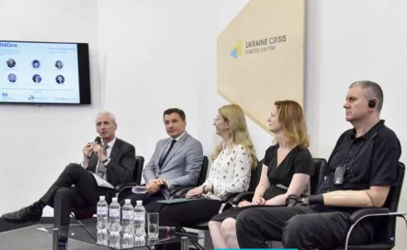 В Україні запускають «гарячу лінію» психологічної підтримки для ветеранів