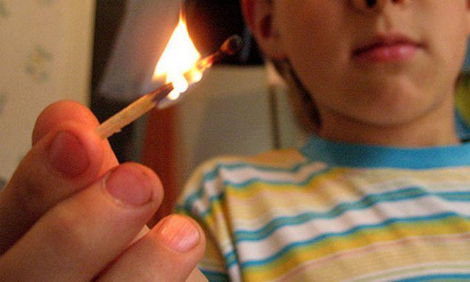 Не допускайте дитячих пустощів з вогнем! Правила від рятувальників