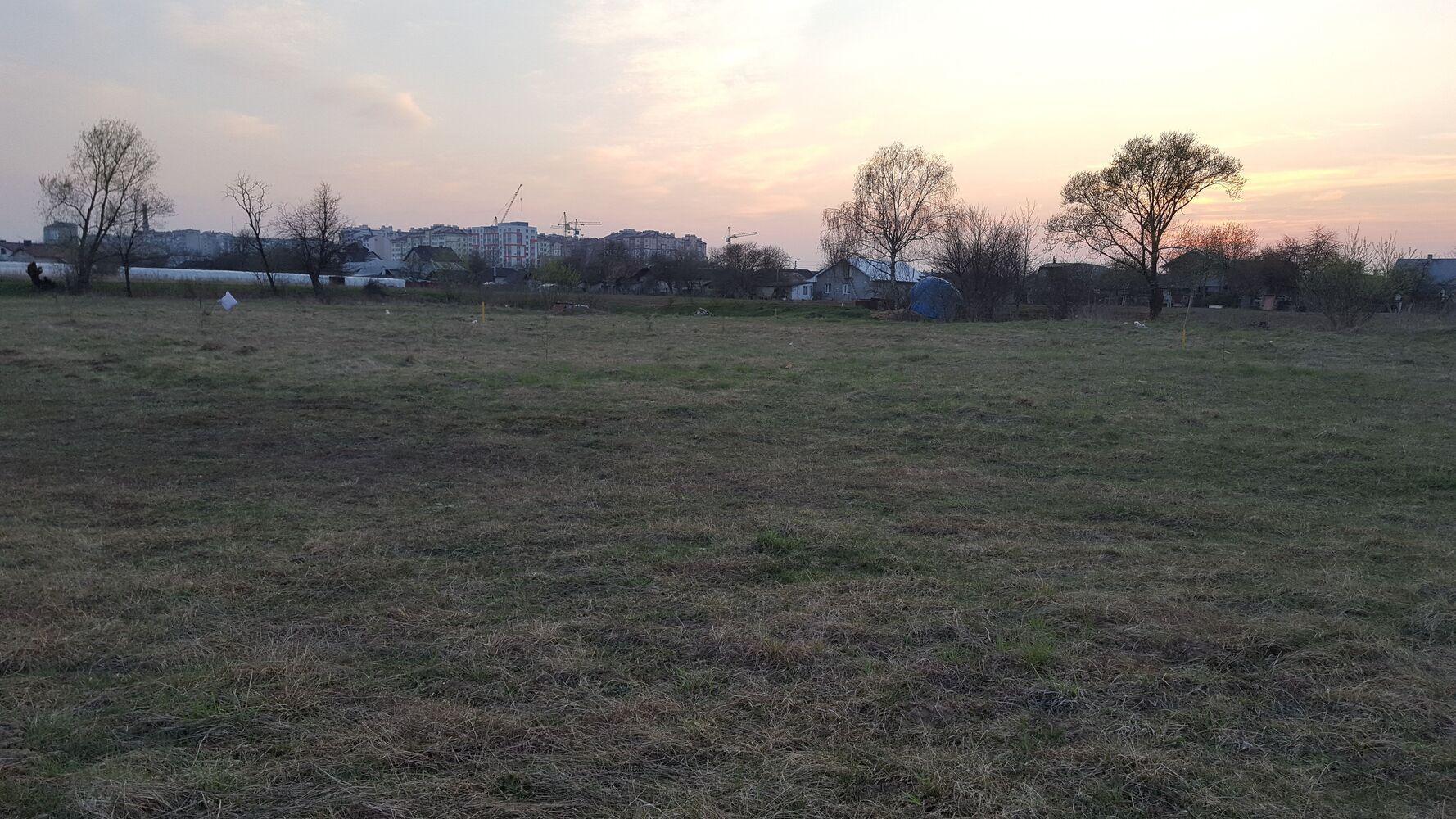 Продам земельну ділянку.