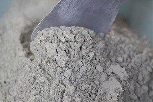 Цемент насипом