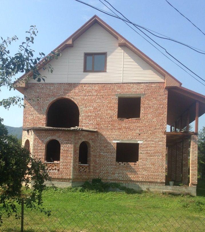 Новобудова в центрі м. Косова