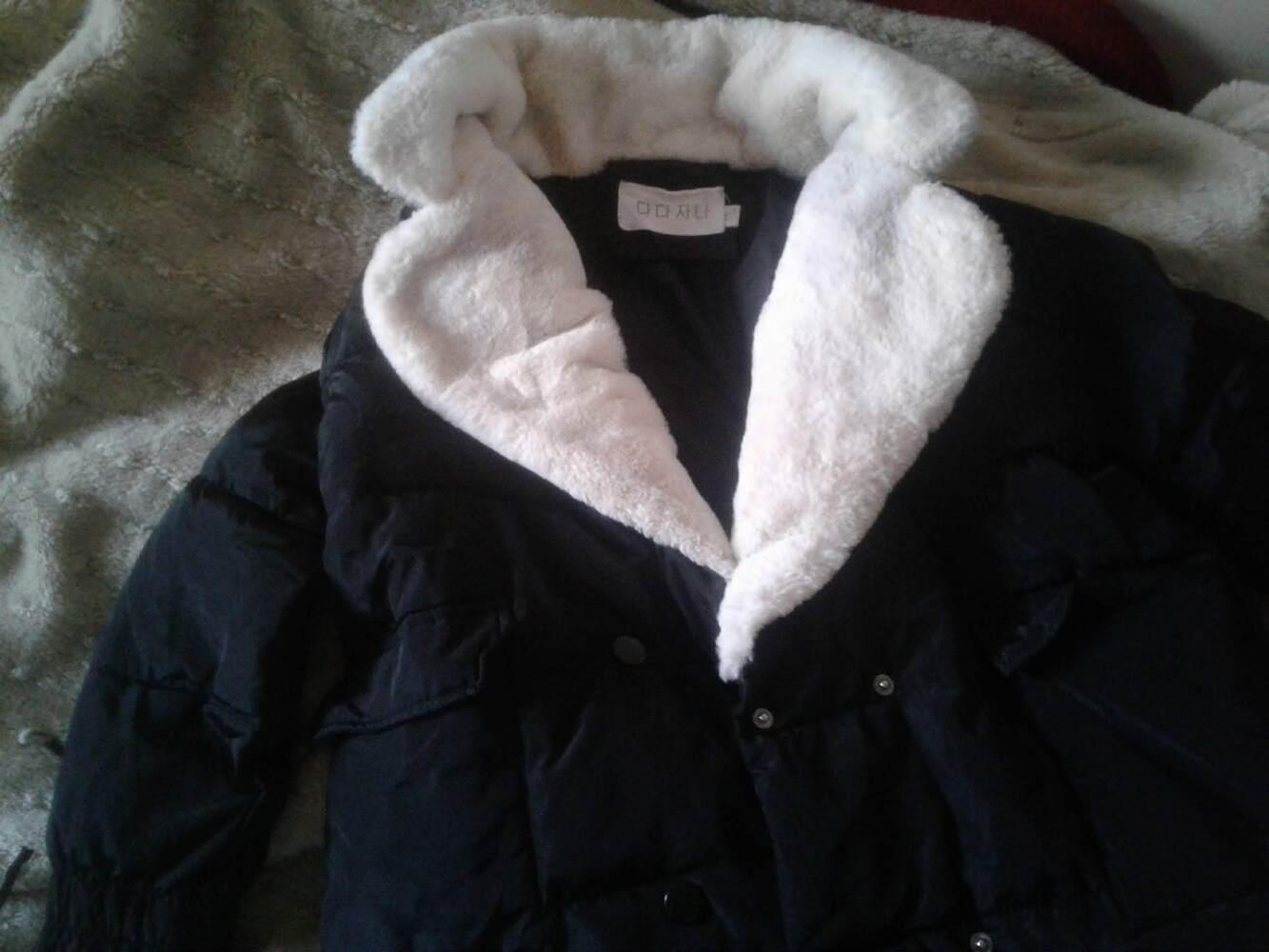 Продам осінньо-зимову жіночу куртку