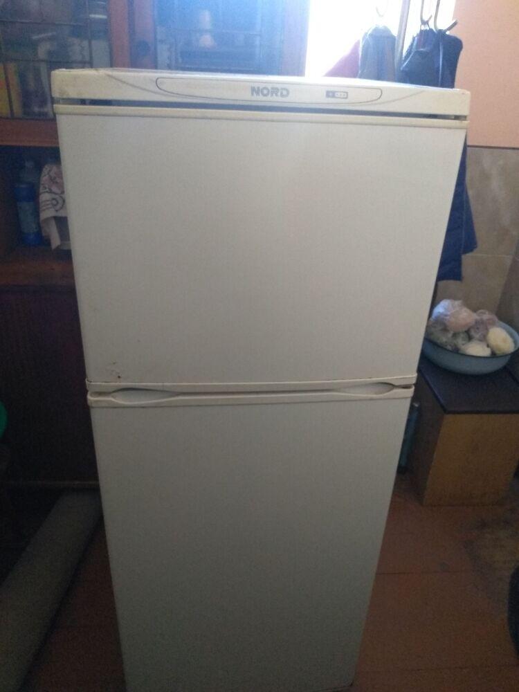 Гарно працюючий холодильник NORD