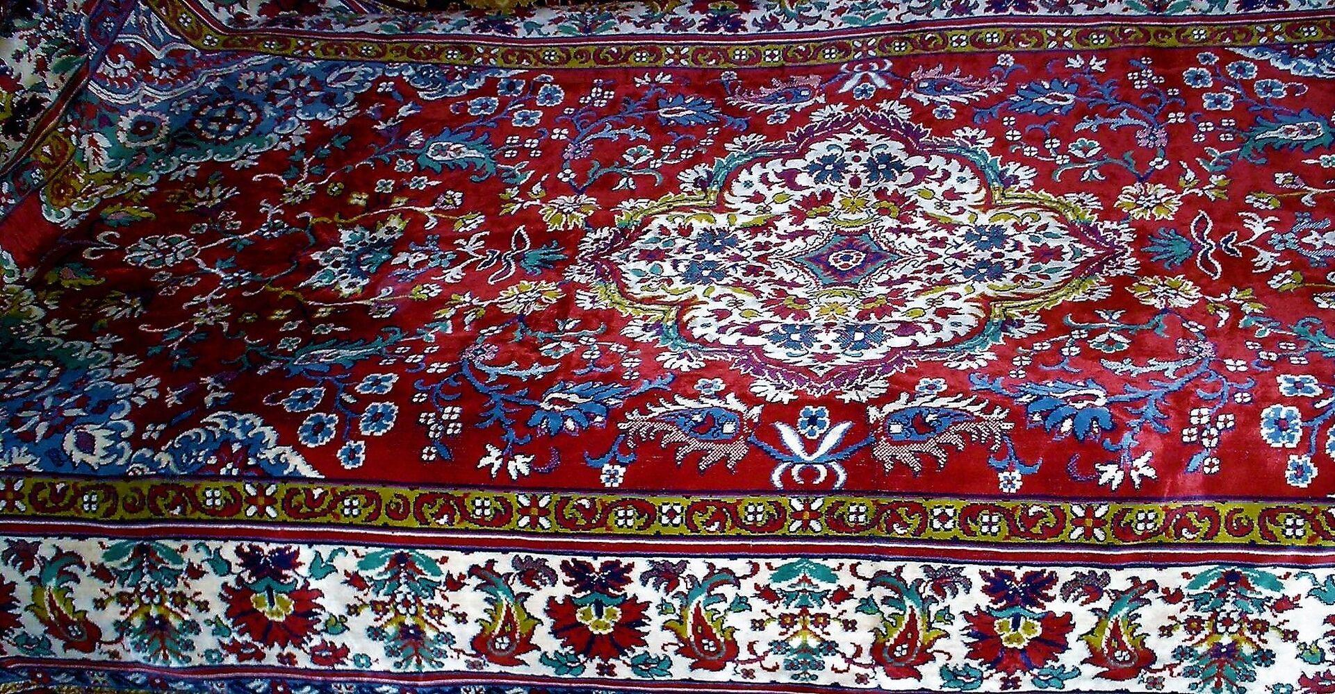 Дівандек -коврове покривало