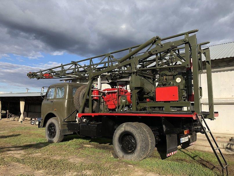 Бурова установка УКБ-500 на базі Маза 500