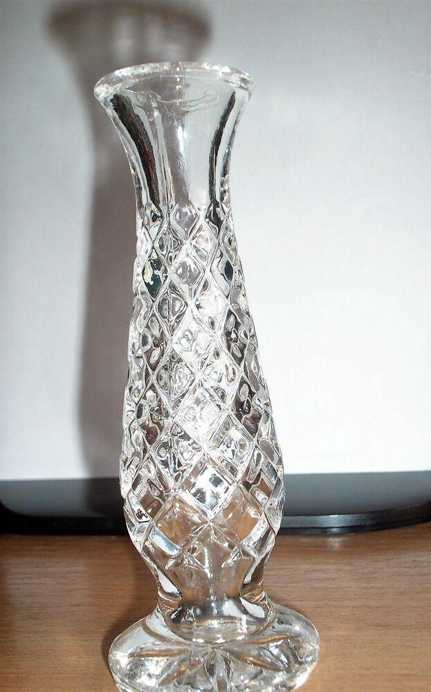 кришталева ваза для квітів