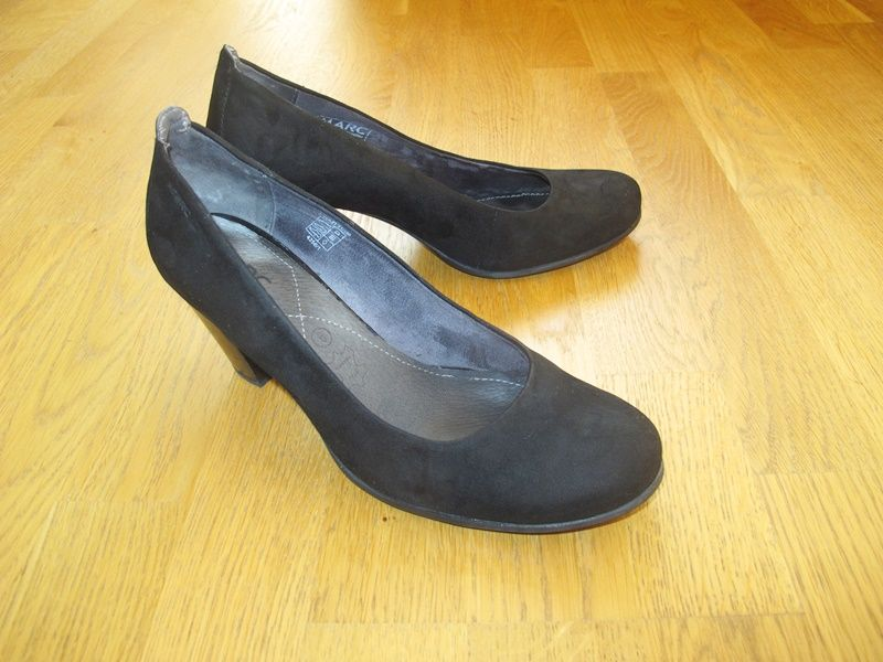 Туфлі - Marc- жіночі класичні замшеві на 39 розмір, відмінної якості, каблук 7 см,