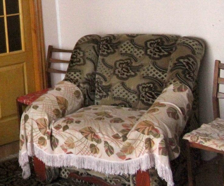 Продам два розкладні крісла