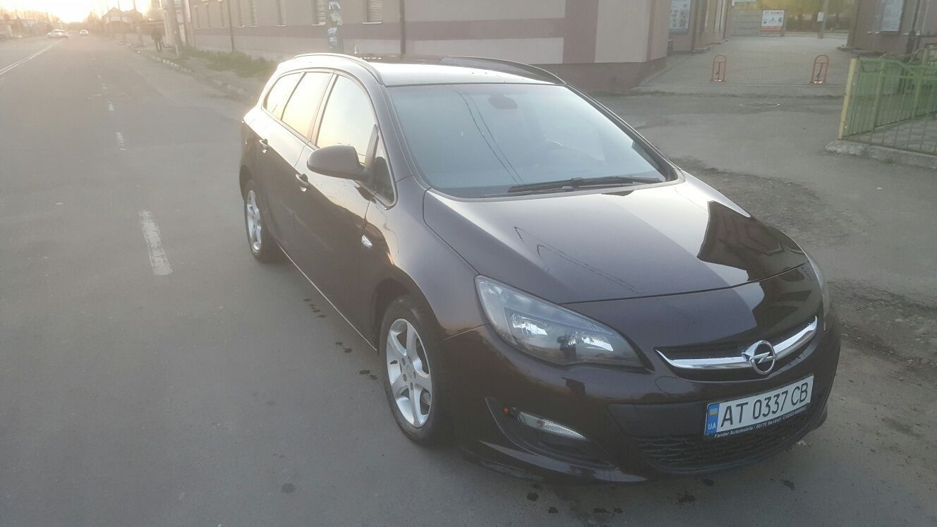 Opel Astra j Sports Touer