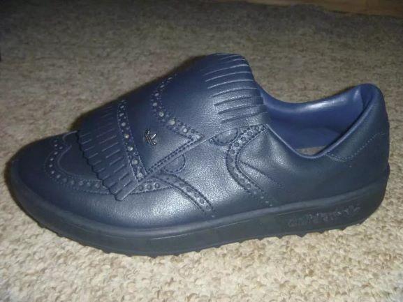 Шкіряні нові кросівки Adidas 42р.