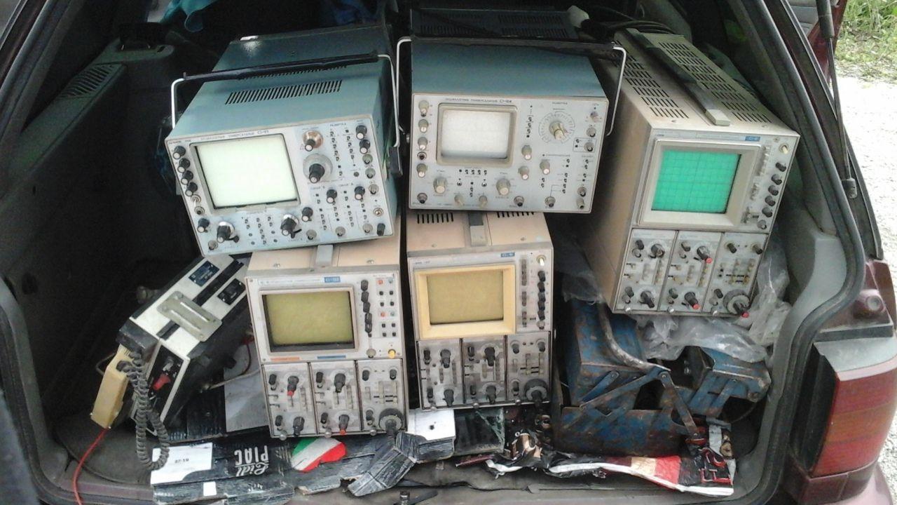 Куплю осцилограф, генератор імпульсів,частотомір та інші прилади часів СССР