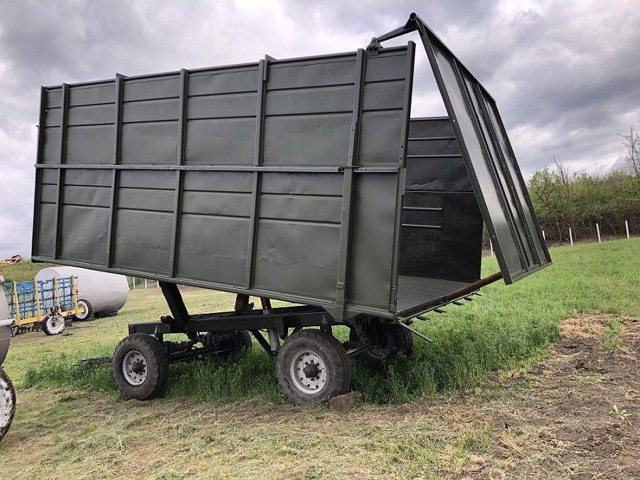 Причіп тракторний 2ПТС- 4