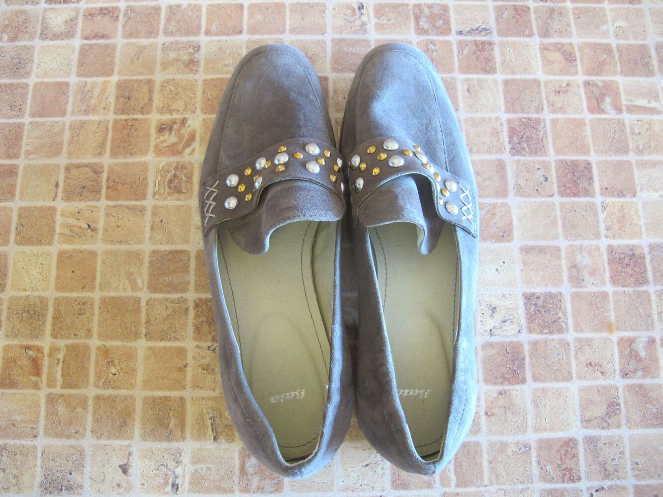 Туфлі Bata, замшеві, розмір 38