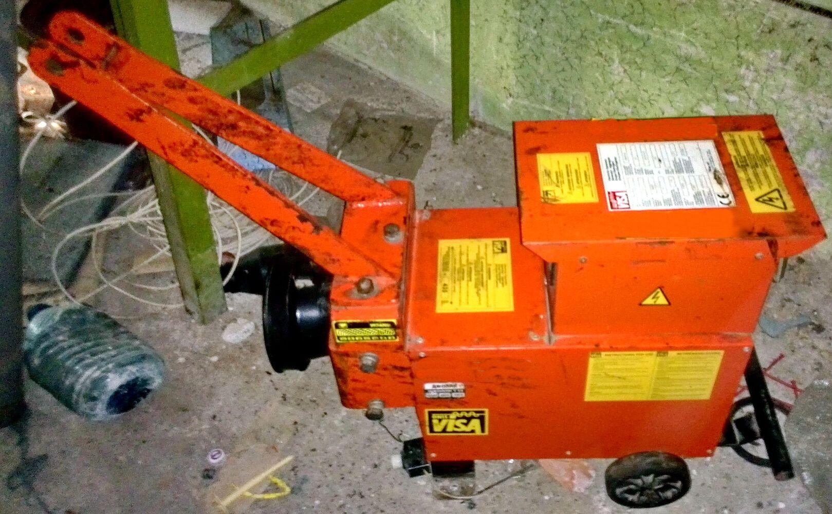 Продам навісний тракторний електрогенератор